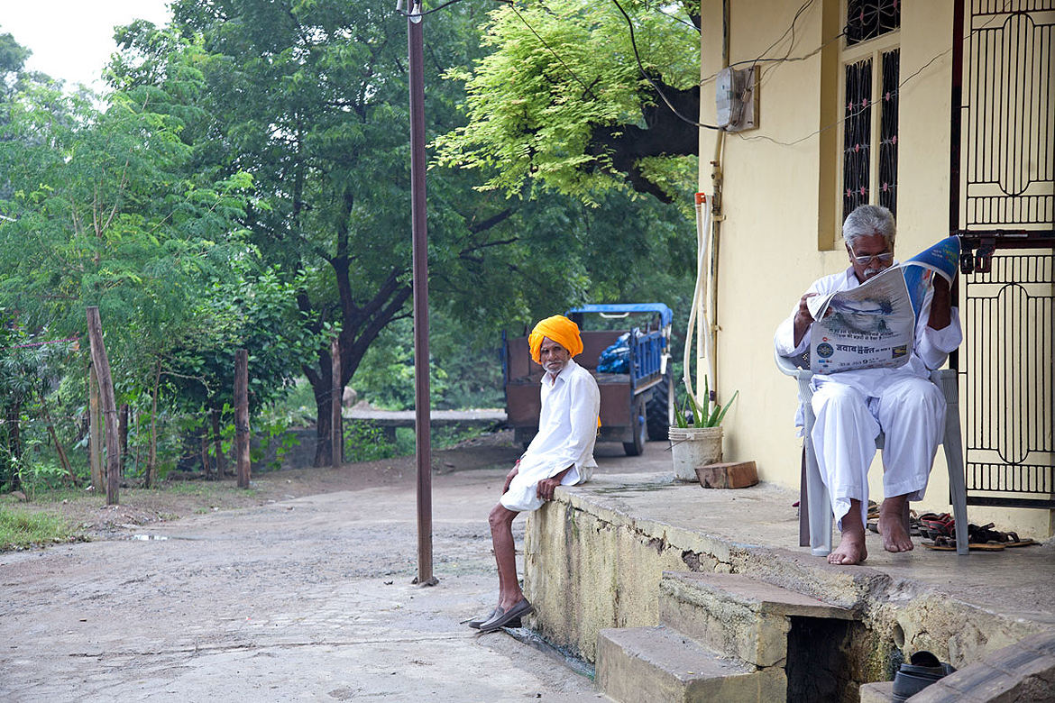 The friendly villagers of Amla are quick to invite strangers in for a cup of tea and conversation