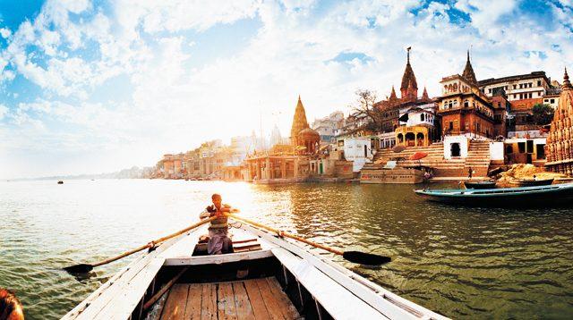 A boat adrift in the Ganga