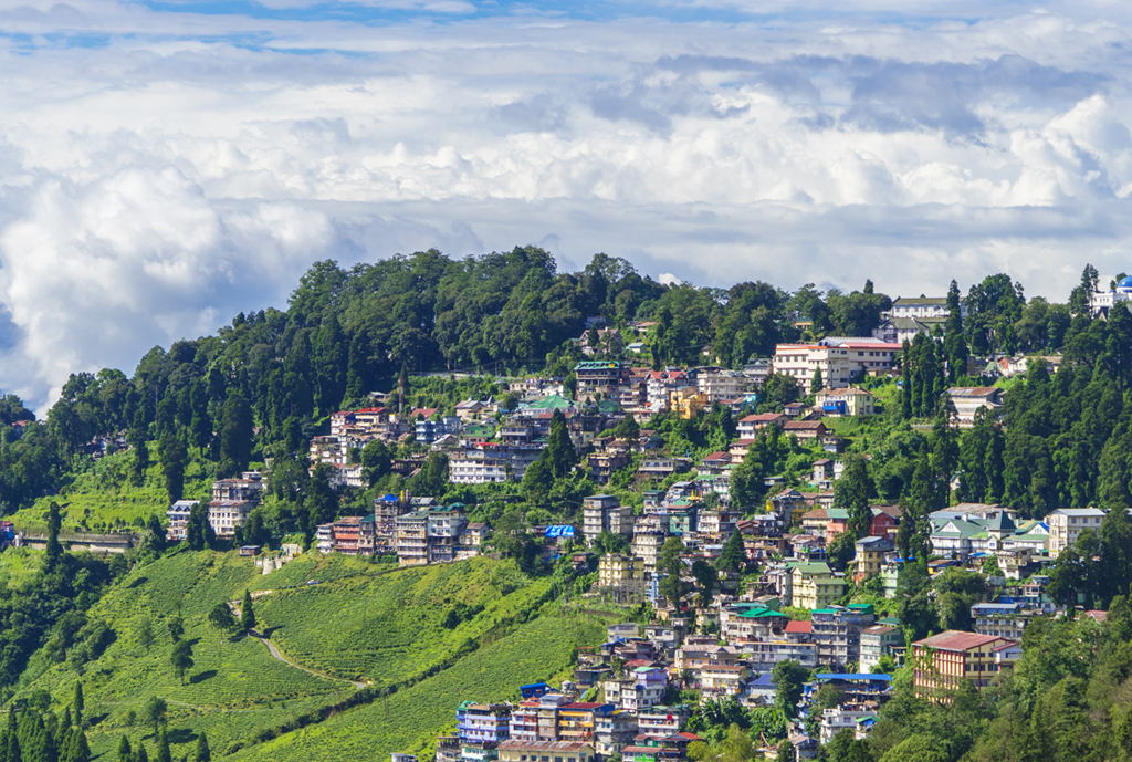 Darjeeling: The timeless beauty of this Himalayan hill station was brought to life on the silverscreen by Director Anurag Basu in one his most popular movies, Barfi. From shots of the clock tower to Planters Club and Keventers, all the sequences shot in the queen of the hills evoke memories of the British Raj