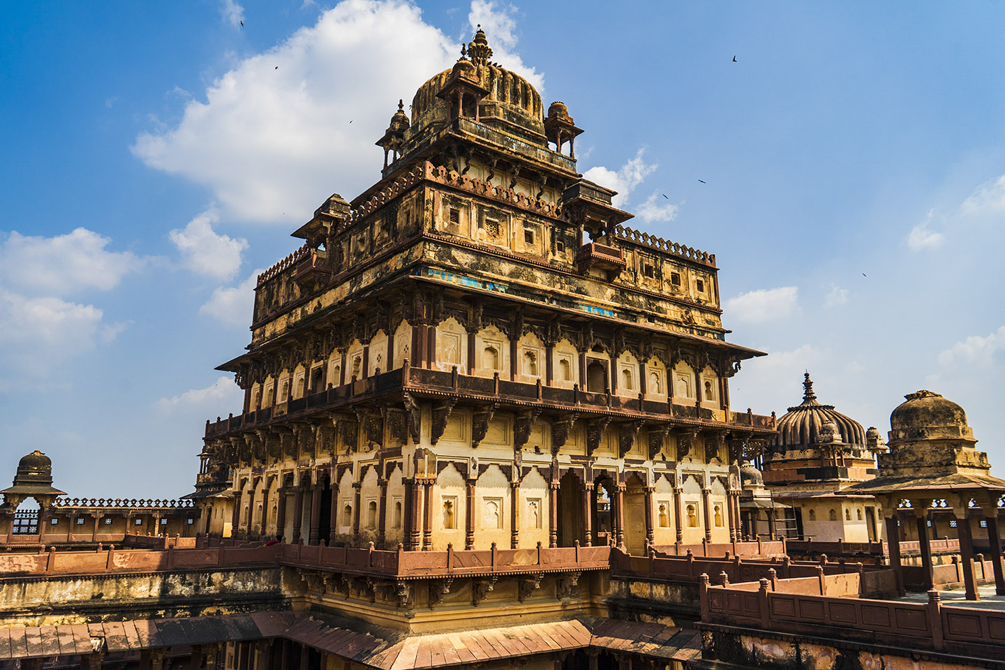 The palace is a seven-storeyed structure that is built with only stone and bricks and without using  wood or iron