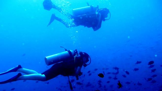 Underwater in the Bay of Bengal