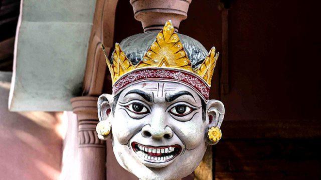 180116142859-mask-making
