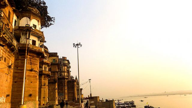 210616134951-a-palace-on-the-ghats